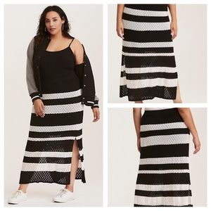 🆕 Torrid Mixed Stitch Stripe Maxi Skirt Size 2